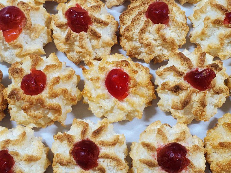 Cherry Macaroon